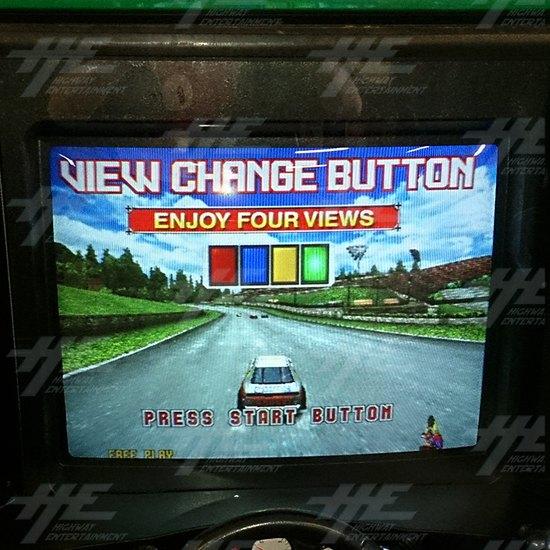 Daytona 2 USA Twin Driving Arcade Machine - Left Screen