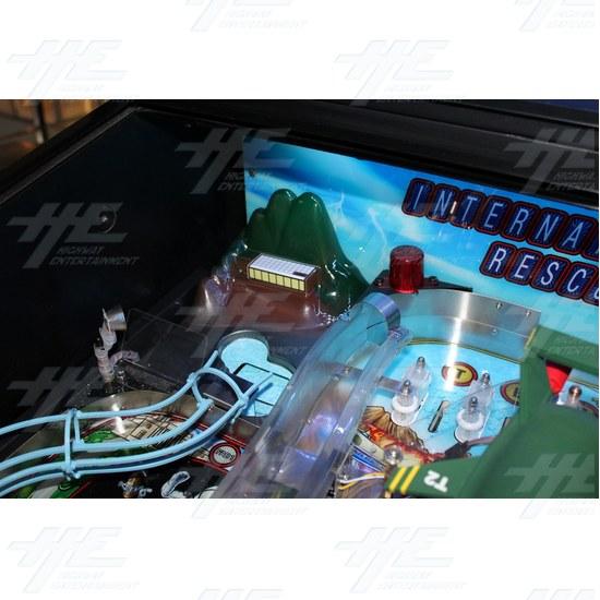 Thunderbirds Pinball Machine - Thunderbirds Pinball Machine 01