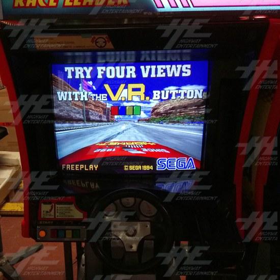 Daytona USA Twin Driving Arcade Machine (Japan Model) - left screen